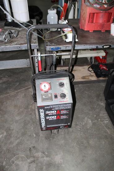 BSR Pro Series 6 Volt/ 12 Volt 3060 300 Amp Battery Charger