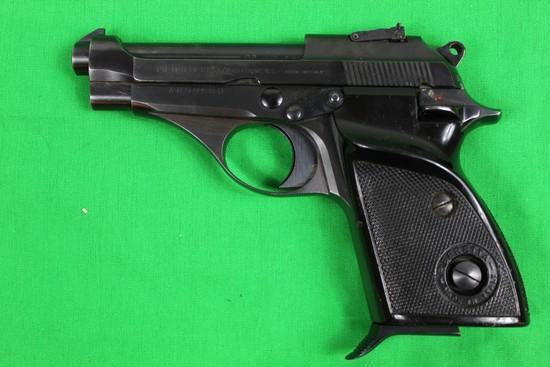 Beretta model 70S, caliber 22 Long rifle, s/n A89955U,  Blue finish, thumb