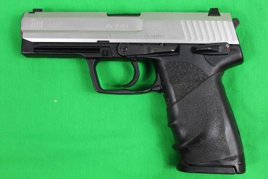 Heckler & Koch model USP, caliber 45 auto, s/n 25-045661.  Factory case, ow