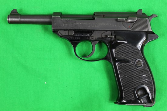 Walther P1, caliber 9mm, s/n 241300.  Post-war alloy frame model, Light rus