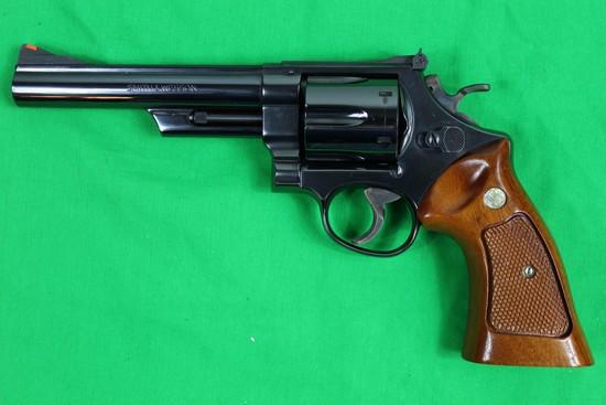 Smith & Wesson model 29-2 revolver, caliber 44 magnum, s/n N619603.  Blued