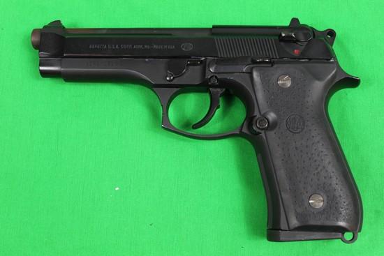 Beretta model 92FS, caliber 9mm, s/n BER371526Z,  Blue finish, 2 mags, crim