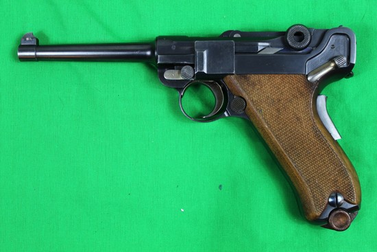 Luger (Bern, Swiss) By Waffenfabrik , caliber 9mm, s/n 19162,  Shoulder hol
