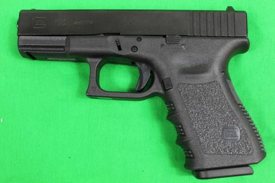 Glock 19C, Caliber 9mm, s/n MXZ537.  Factory box, 2 mags total, bore brush