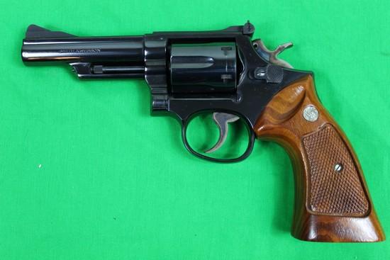 Smith & Wesson model 19-4, caliber 357 magnum, s/n 42K2024.  Blue finish, 4