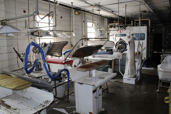 Online Only Laundry Equipment Auction