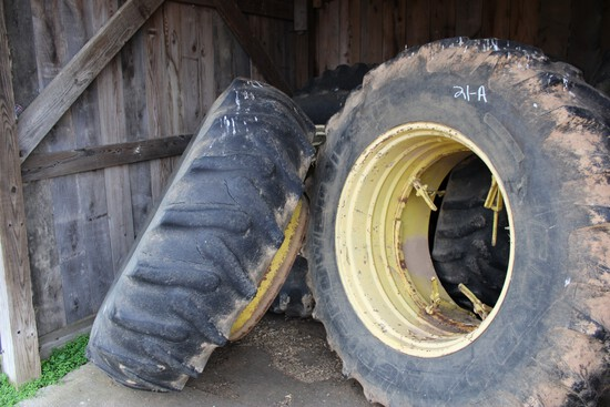 Duals For JD 4840 Size 20.8-38 R1