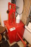 Standard Oil Pump Slice Contaiter