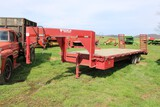1999 Delta Manufacturing Gooseneck, 24' Flatbed, Dovetail w/ Ramps, Factory