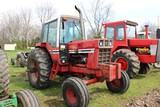 International 1486, C/H/A, Hours Unknown, 8 Speed Hi-Lo, 2 Remotes