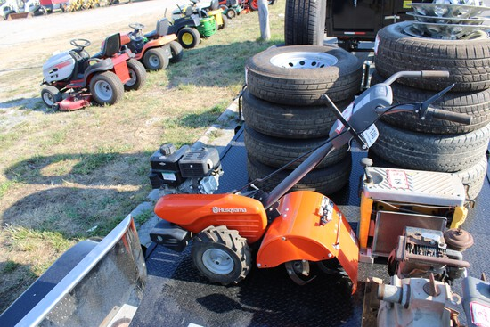 """Husqvarna CRT900 14"""" Rear Tire Tiller"""