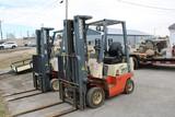 Nissan 30 Forklift