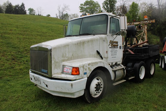 1991 White/GMC Day Cab Truck