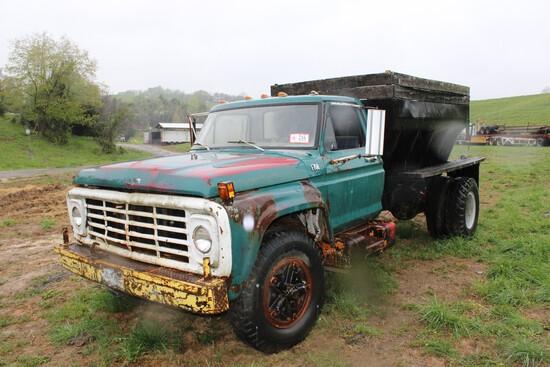 1975 Ford F-750 Single Axle Spreader Truck