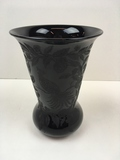 CAMBRIDGE GLASS BLACK VASE #736 PEACOCK ETCH