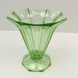 GREEN VASELINE / URANIUM PANEL VASE