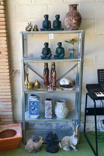Metal Shelf With Decoratives