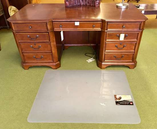 Executive Cherry Inlaid Desk And Chairmat