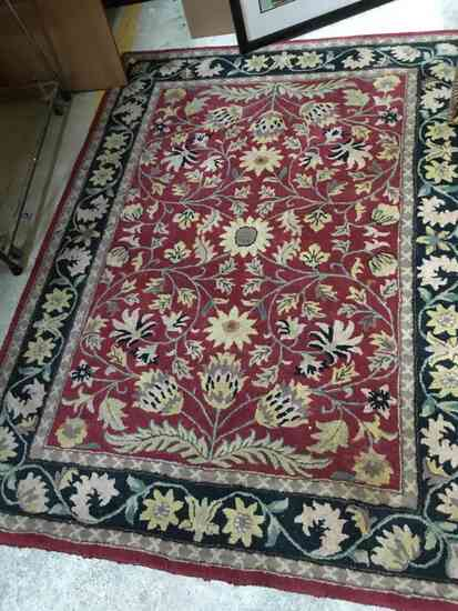 ANTIQUE FLORAL ORIENTAL STYLE RUG