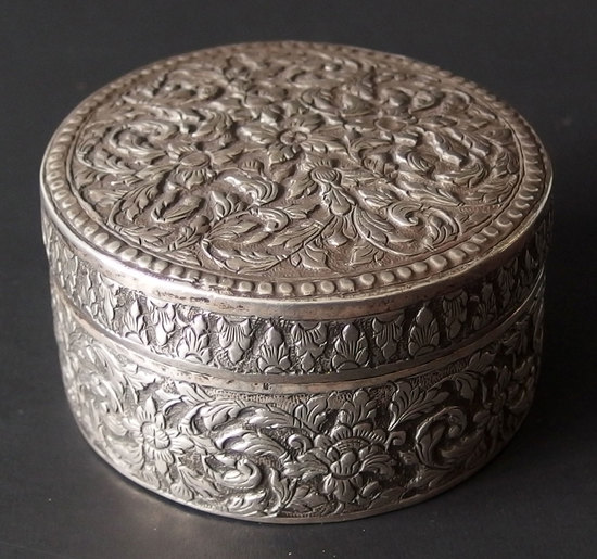 ANTIQUE EUROPEAN SILVER POWDER BOX