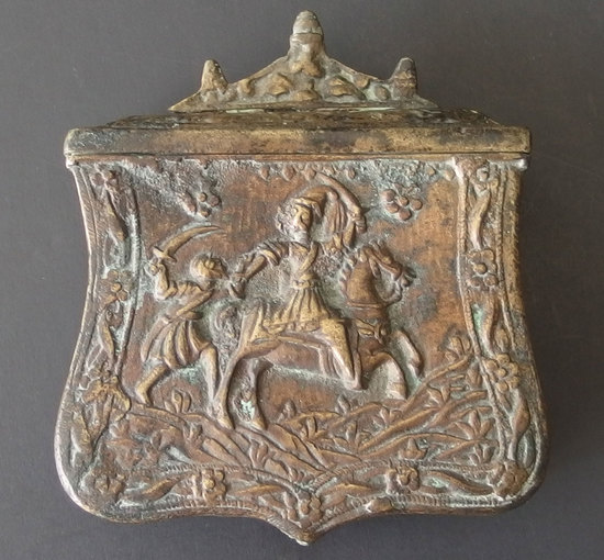 ANTIQUE CHINESE BRONZE WARRIOR POUCH