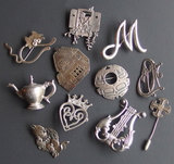 COLLECTION VINTAGE STERLING BROOCHES