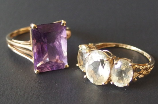 TWO 14KT GOLD LADIES RINGS