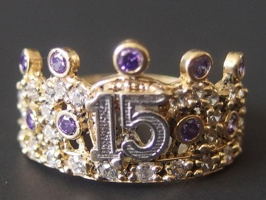 14KT GOLD 'SWEET 15' CROWN RING