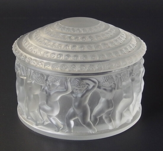 LALIQUE 'ENFANTS' CRYSTAL POWDER BOX
