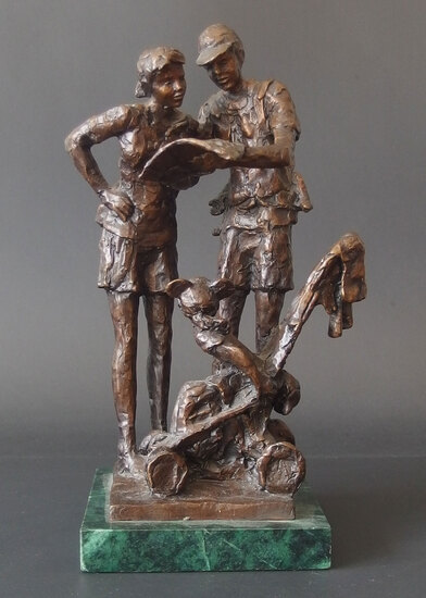 DENNIS SMITH BRONZE FIGURAL SCULPTURE