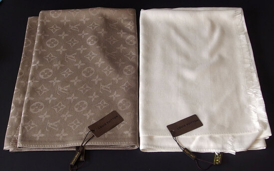 LOUIS VUITTON SHAWLS (2)