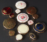 VINTAGE STRATTON ENAMELED COMPACTS & PILLBOXES (14)
