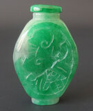 CHINESE APPLE GREEN LAVENDER SNUFF BOTTLE