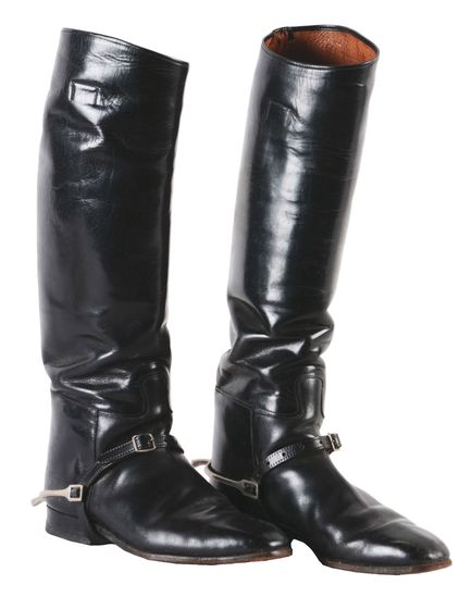 GERMAN WWII OFFICER RIDING BOOTS..