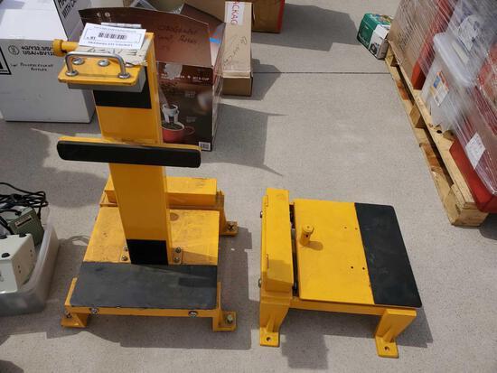 Scissor cart loader
