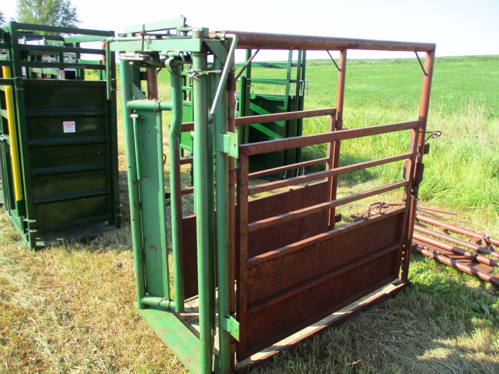 Price on used chute? - CattleToday com