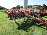 Sunflower 4510, 11 shank ripper, front & rear disc, One Owner