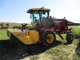 2014 New Holland Speedrower 200 self propelled discbine, cab, AC, radio, 462 Act one owner hrs.