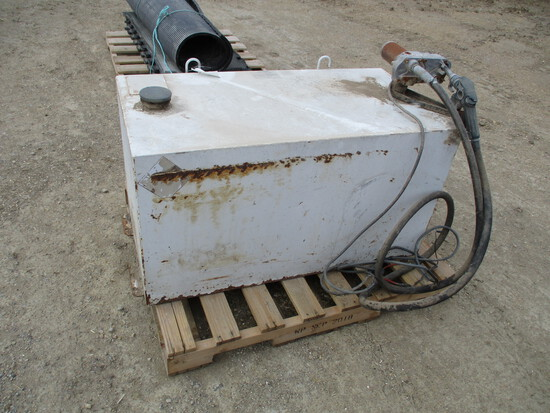100 Gallon pickup fuel tank, 12 volt pump