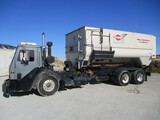 2003 Mack LE613 tandem truck w/2017 Kuhn Knight RC295 Helix Reel Commercial TMR, in cab scale, feed