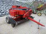 Case IH 8530 in line square baler w/thrower