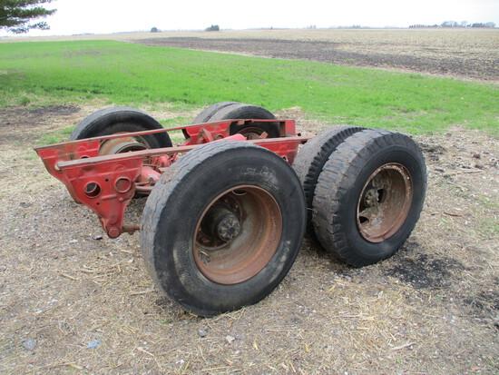 Tandem semi trailer axel & wheels
