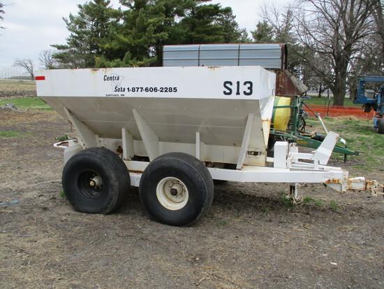 6 Ton fertilizer spreader, tandem axle, needs drive chain