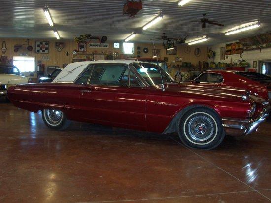 1964 Ford Thunderbird 2 Door Hardtop