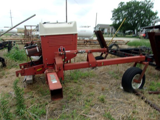 IH Model 800 Planter air unit