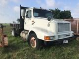 1996 IH  Truck