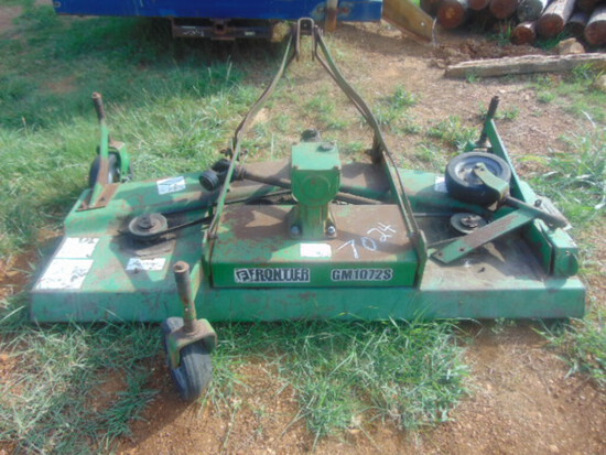 Salvage Tractor  JD 8100, 3 remotes