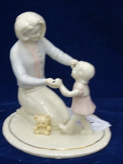 "Lenox Figurine ""Her First Steps"""