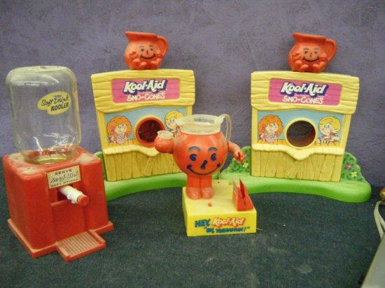 Kool-Aid Lot Sno-Cones, Bank, Dispenser