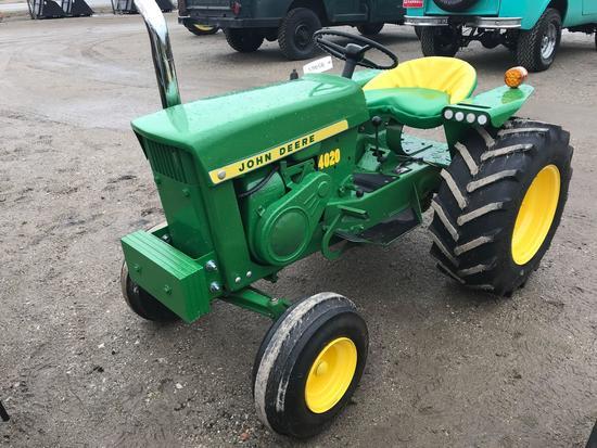 95965- JOHN DEERE 110 L&G TRACTOR